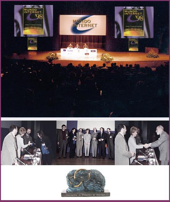 Anna María López recibiendo el Premio Mundo Internet 98