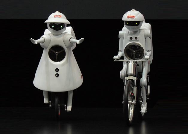 Los robots MURATA Boy and Girl